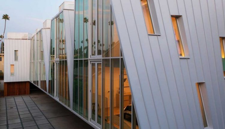 5 Los Angeles Houses Built Without 90-Degree Angles