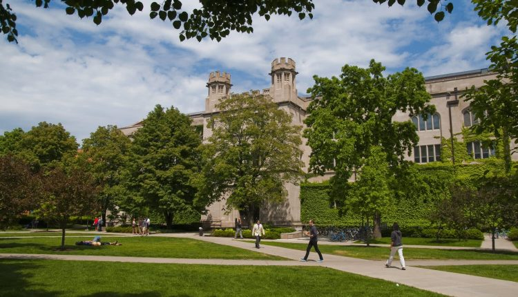 unvaccinated students led Covid outbreak at University of Chicago